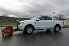 Winterdienstfahrzeug mit Kehrwalze Ford Ranger Doppelkabine Hilltip Sweeper