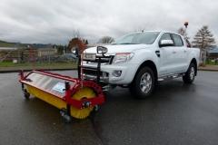 Winterdienstfahrzeug mit Kehrwalze Hydraulisch Ford Ranger Doppelkabine