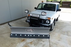 Winterdienstfahrzeug Lada Niva Hilltip SnowStriker SP
