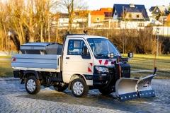 piaggio-porter-winterdienstfahrzeug-snowstriker-keil-vario-schneepflug-3