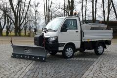 Winterdienstfahrzeuge_Piaggio_Porter_4x4_SnowStriker_Modell_2018_Hesse_Winterdiensttechnik10