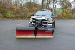 Dodge Ram 2500 Winterdienstfahrzeug Schneepflug