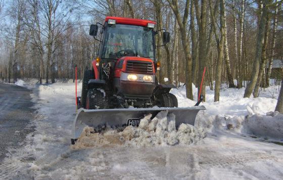 Hilltip SnowStriker Schneepflug Traktoren