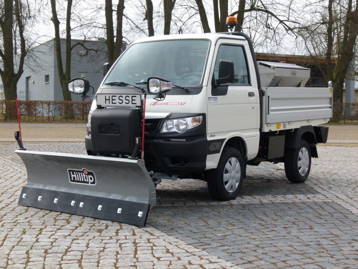 Winterdienstfahrzeuge Piaggio Porter Allrad 4x4 SnowStriker